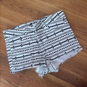 H&M Patterned jean shorts