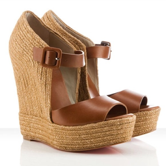 cheap for discount 5f8c0 72f5f Christian Louboutin Praia Espadrille Wedge