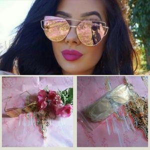 CSW Boutique Accessories - *NEW* retro mirrored sunglasses shades