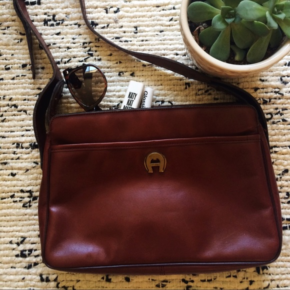 14beb2d36659 Etienne Aigner Handbags - Vintage Etienne Aigner Purse