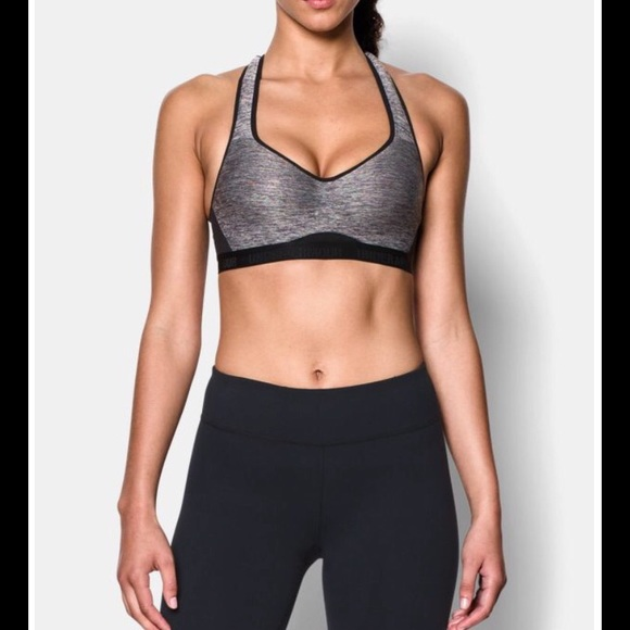 c3185f4b Under Armour High impact support sports bra NWT