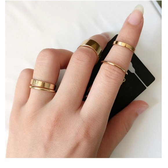 blushing cheek 5 pc ring set mid rings from
