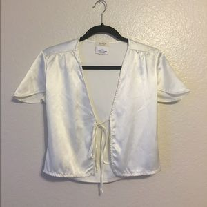 Brandy Melville Tops - Leesa silky top