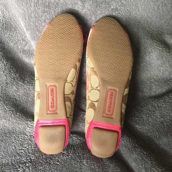 80% off Coach Shoes - Coach Janelle Loafers size 6.5 from ...: https://poshmark.com/listing/Coach-Janelle-Loafers-size-65-57c6016ef739bc450000d99a