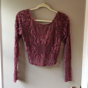 Tops - Violet crop top with open back