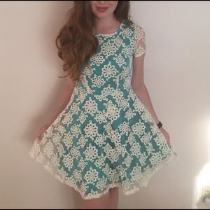 Spool 72 Dresses & Skirts - New with tags blue with lace detail dress