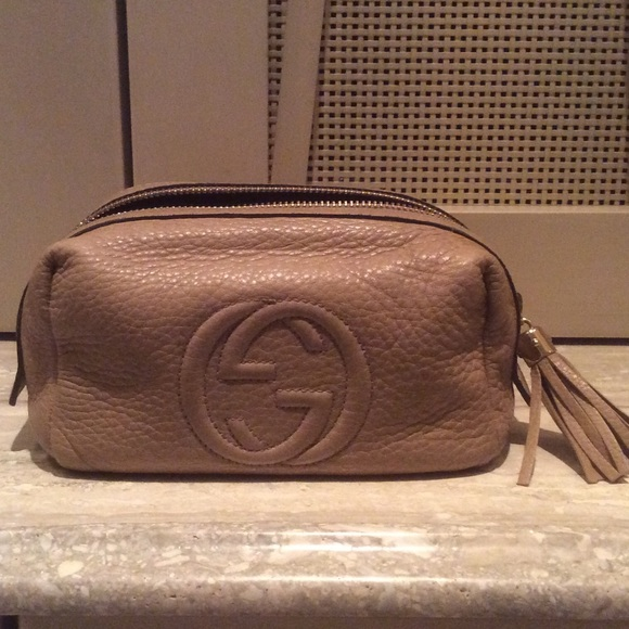 3cde558381f Gucci Handbags - Gucci Soho makeup pouch medium size 💯% authentic