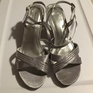 Metaphor Shoes - Sparkle and shine