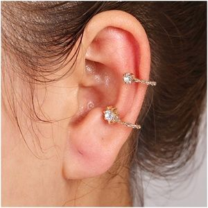 Jewelry - (H1) 🦄5 for $35🦄 Ear Cuff
