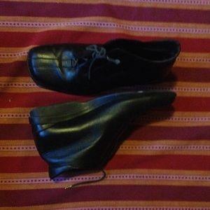 1803 brand booties