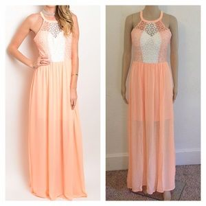 Dresses & Skirts - 💥CLEARANCE💥 NIP small Peach Lace SemiFormal Gown