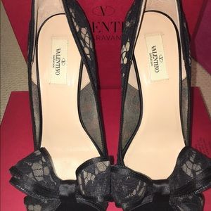 Valentino Shoes - VALENTINO Stunning lace heels