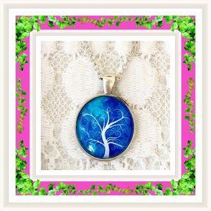  NWOT:  BLUE TREE OF LIFE PENDANT 