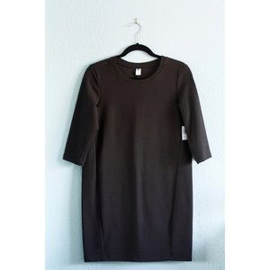 Old Navy | NWT Knit Shift Dress