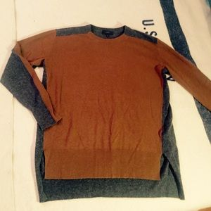 J. Crew Sweaters - Pre-owned J. Crew asymmetrical two-toned  sweater