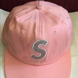 366201ea094 Supreme Accessories - Supreme 3M Reflective S Logo 6-Panel Cap