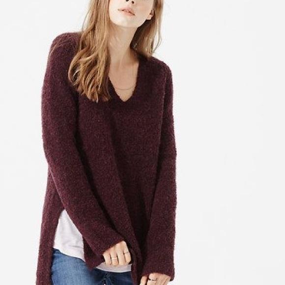 c5bd849b2a5 Lou   Grey Sweaters - SALE 🚨 LOFT Lou   Grey Cloud Boucle Tunic Sweater