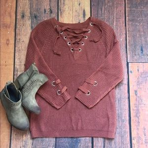  Hot Item Lace up pullover