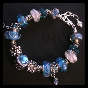 Jewelry - ❗️SALE❗️Blue and white beads on a silver bracelet