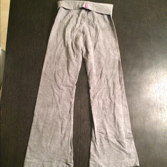 Gray Hard Tail Yoga Pants From
