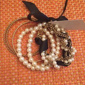 Jewelry - Pearl and bangle bracelet set