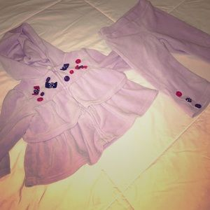 Gymboree Other - Ruffles & Buttons Velour Outfit💜