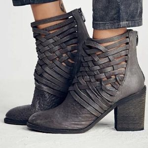 Free People Carrera Chunky Heel Ankle Boots Sz 38