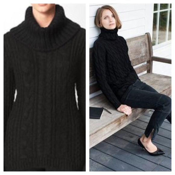 Calvin Klein Sweaters - Calvin Klein oversized black cable knit sweater M 8db7f315c