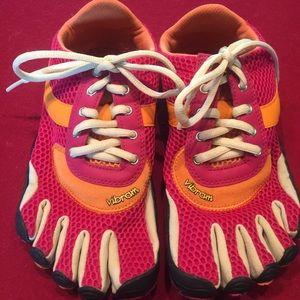 Vibram Shoes - Vibram five toe shoes
