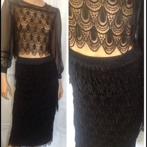 Vintage 2 PC. Blk lace sheer top & skirt. Small