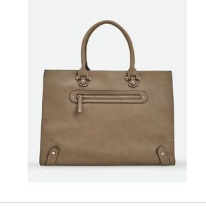 just fab Corbin purse color taupe