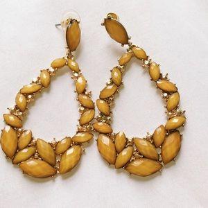Dune willow jewelry on poshmark for Mustard colored costume jewelry
