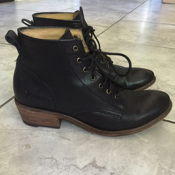 57b37931e8b Frye Leather Carson Lace Up Ankle Boots Booties