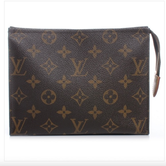 c70f9943dee0 Louis Vuitton Handbags - Louis Vuitton Monogram Toiletry Pouch 19