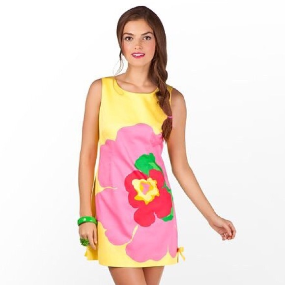 86523d45d63a9 Lilly Pulitzer Dresses & Skirts - Lilly Pulitzer Delia Shift Starfruit  Lottie Dottie