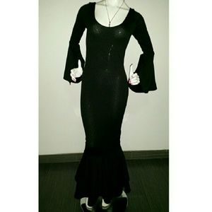 """""""Gothic"""" formal gown with bell sleeves and bottom"""