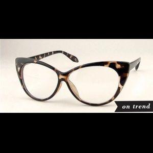 Sexy Tortoise Cat Eye Glasses w/ Clear Lenses