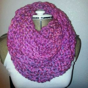 Hand Knitted Infiniti Scarf