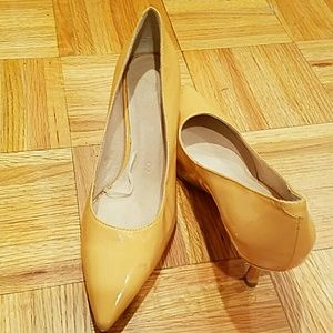 Joe Fresh Peach Patten Leather  Kitten Heels