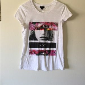 """❕SALE❕ """"Forget Me Not"""" EXPRESS Graphic Tee"""