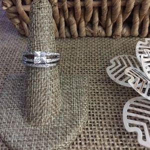 Jewelry - Wedding Set Sz 7