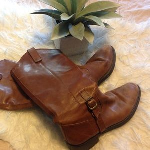 Eddie Bauer leather boots