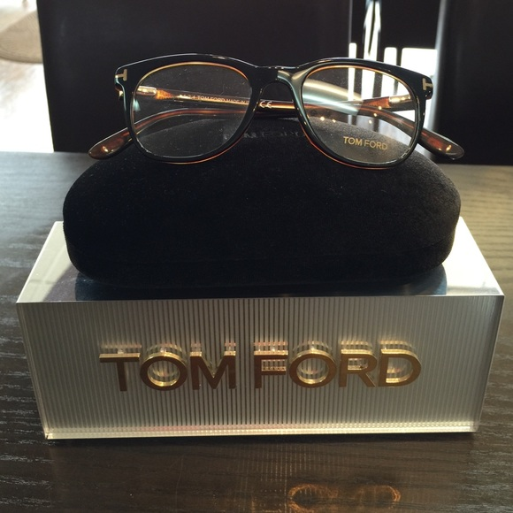 b90b62ad4ef Black Tom Ford 5310 glasses