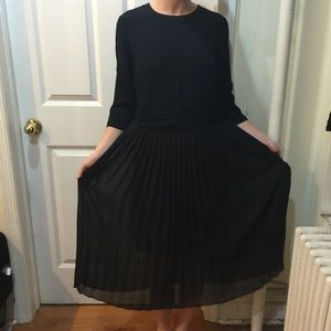 Zara Dresses & Skirts - Zara Black Pleated Mid Length Dress
