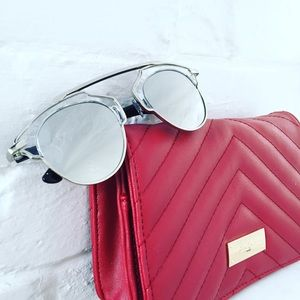 "Erica Rose Accessories - ""Ellie"" Sunglasses    Clear & Silver Mirror"