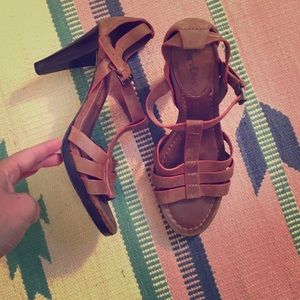 Boden heels