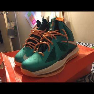 44b91ca9ee0 Nike Shoes - Nike Lebron X
