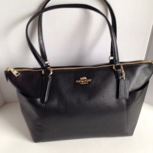 NWT Coach Ava ll Black Handbag