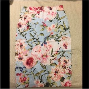 NY & Co 7th Ave Floral Skirt
