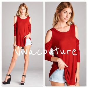 Vivacouture Tops - Chic waffle knit cold shoulder tunic